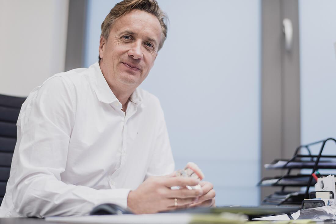 Dr. Bettinger - Chirurg Praxisklinik für Chirurgie und Implantate Pforzheim