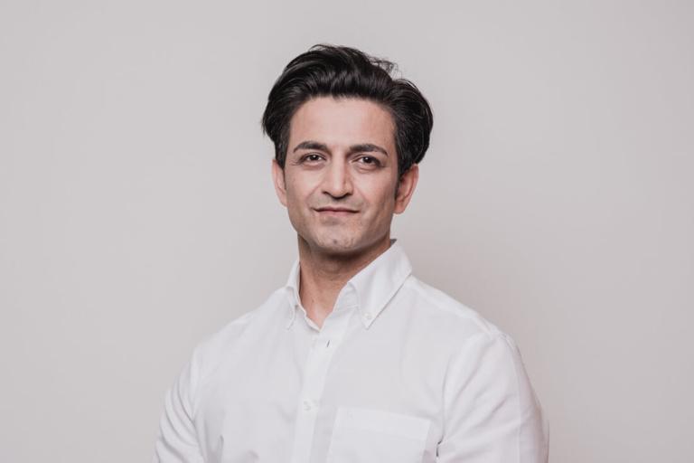 Mund-Kiefer-Gesichtschirurgie-Pforzheim-Team-Dr-Tariq-Sultan-a